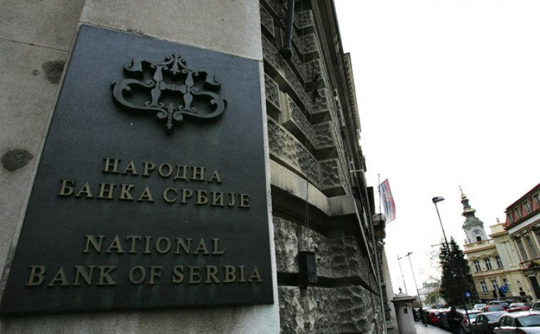 Smanjenje javnog duga oborilo devizne rezerve na 10,1 mlrd evra