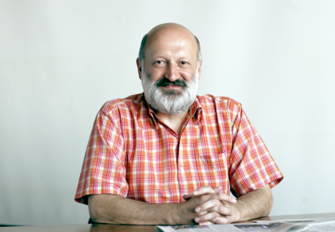 Ivan-Cvetkovic,-novinar-Politike.png