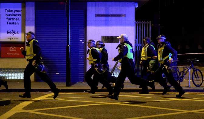 Терор у Лондону: убијено седам грађана и тројица нападача