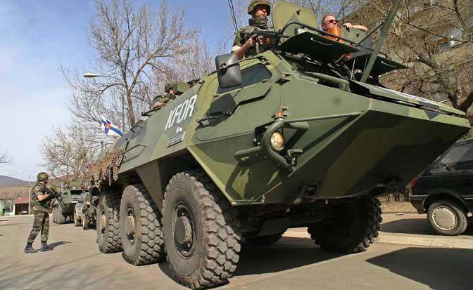DAN UOČI ODLUKE O FORMIRANJU VOJSKE: Kolona od oko 45 vozila Kfora na sjeveru Kosova